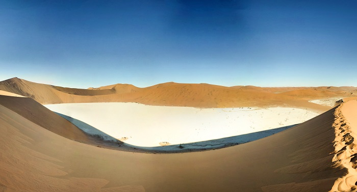 16 Namib Desert