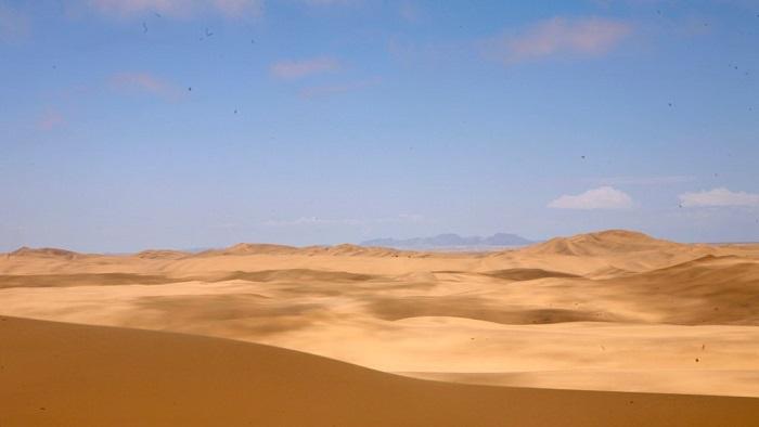 17 Namib Desert