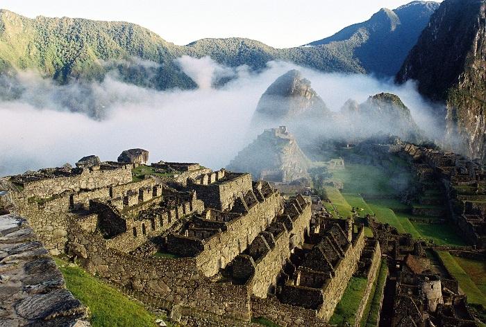 11 Machu Picchu