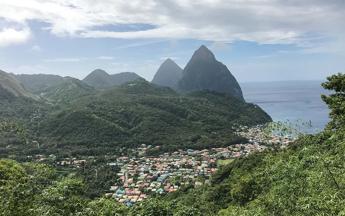 9 Pitons Lucia