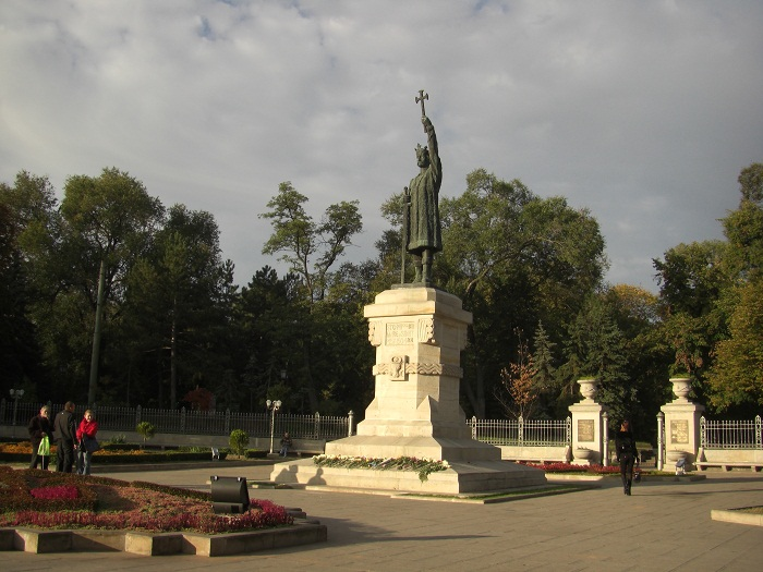 1 Stephen Chisinau