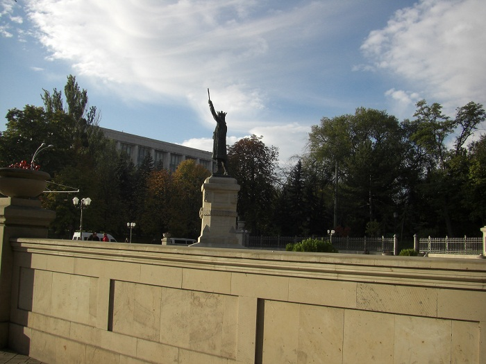 3 Stephen Chisinau