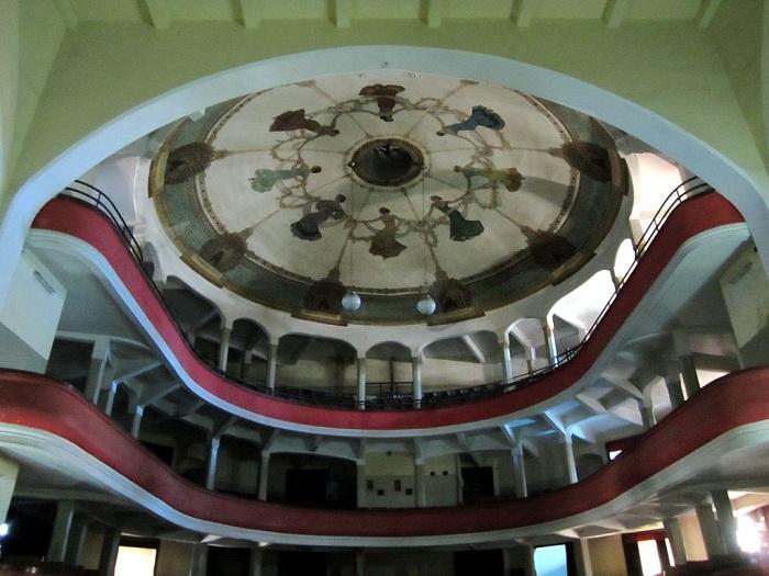 1 Asmara Opera