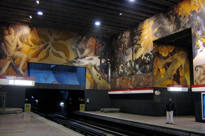 3 Universidad Chile Metro