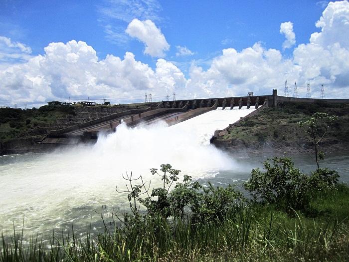 6 Itaipu Dam