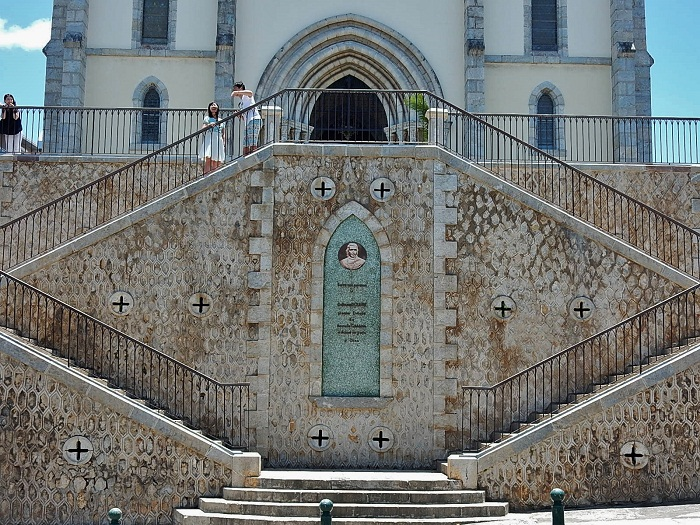 6 Noumea Cathedral
