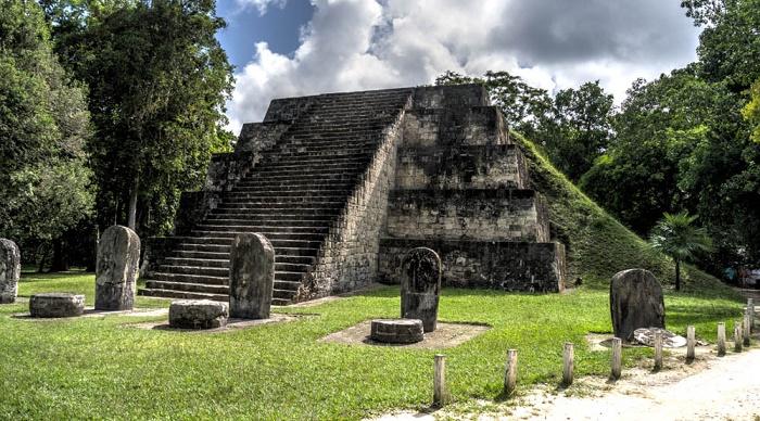 2 Tikal