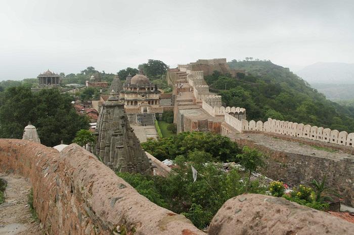 2 Kumbhalgarh