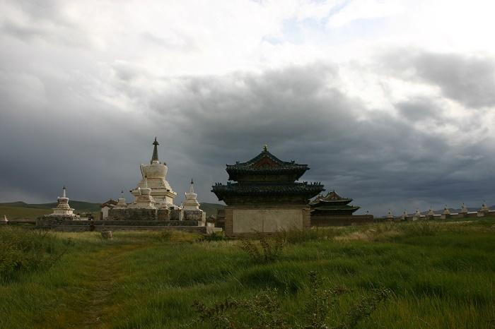 11 ErdeneZuu