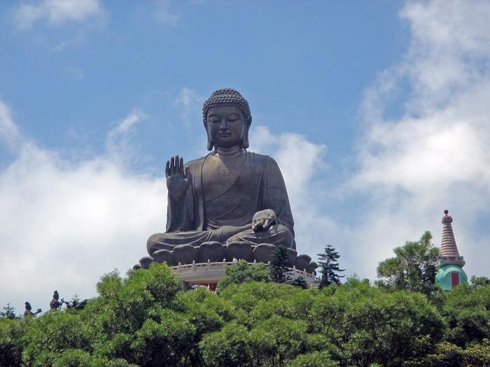 9 TianTan Buddha