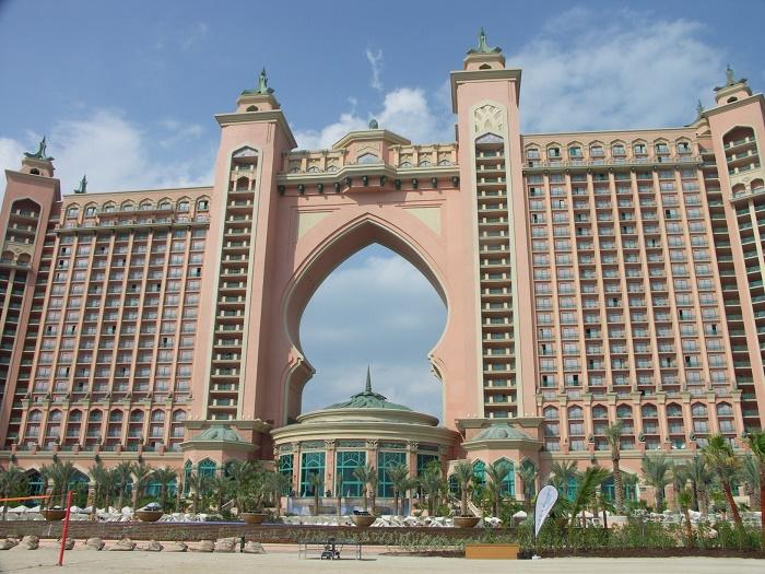 7 Atlantis Palm