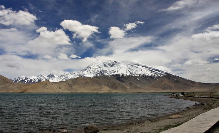 9 Lake Karakul