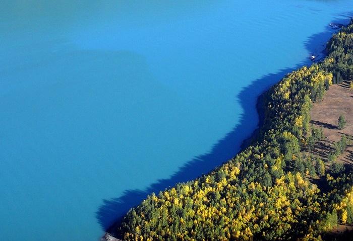 10 Lake Kanas