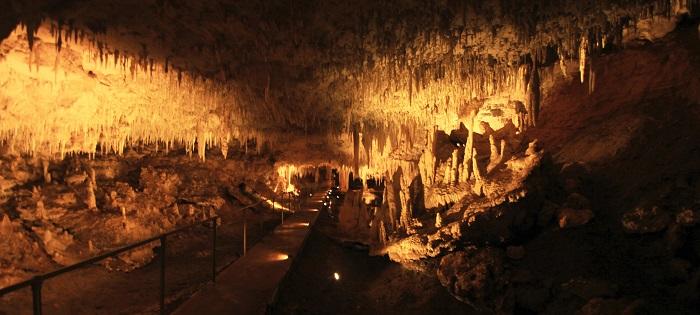 1 Jewel Cave