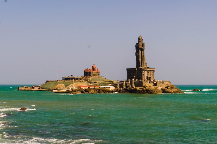 4 Thiruvalluvar