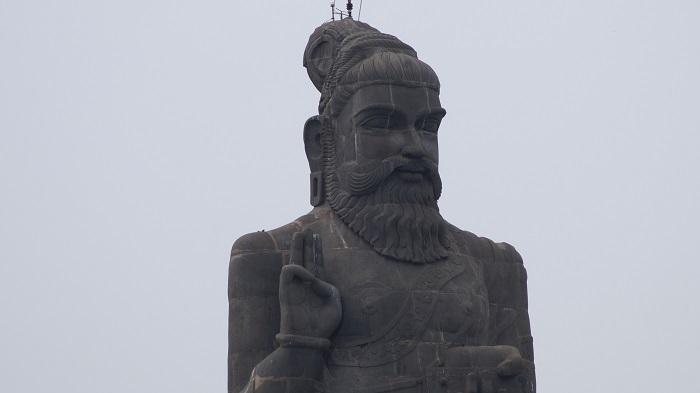 9 Thiruvalluvar