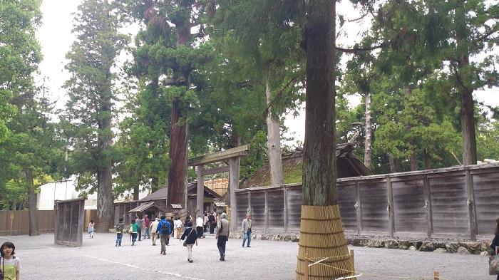 13 Ise Grand Shrine