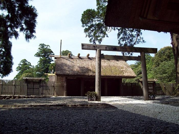 3 Ise Grand Shrine