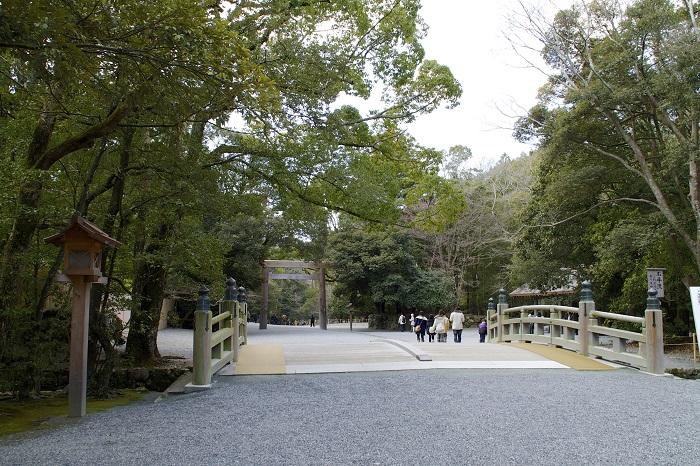 8 Ise Grand Shrine