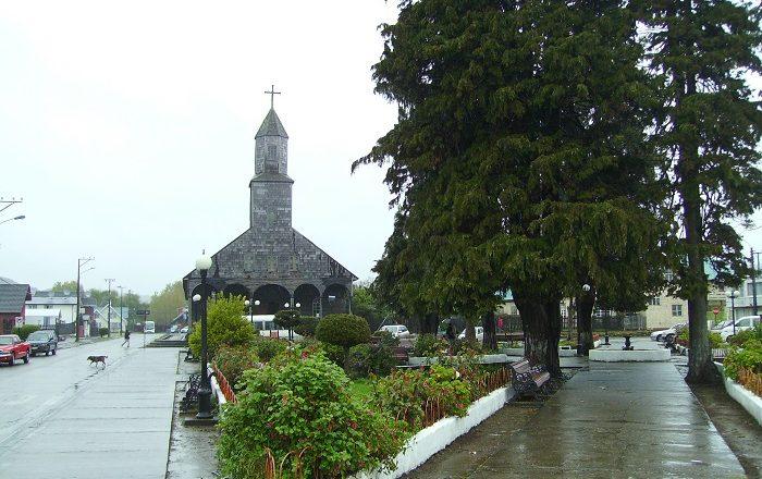 3 Achao Church