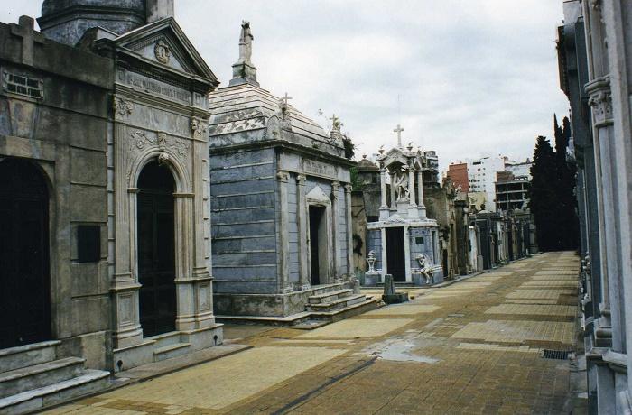 12 Recoleta Cemetery