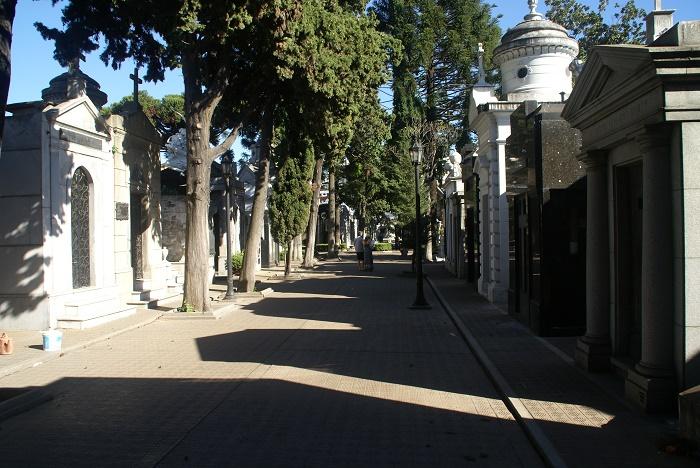 14 Recoleta Cemetery