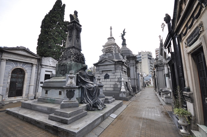 18 Recoleta Cemetery