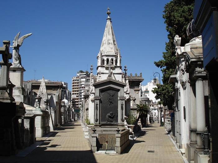 20 Recoleta Cemetery