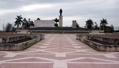 7 Guevara Mausoleum