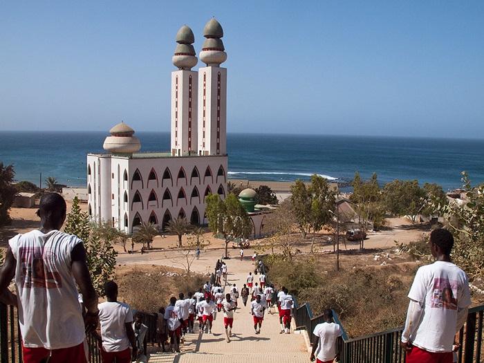 2 Divinity Mosque