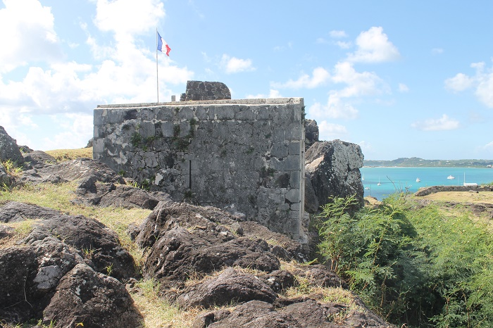2 Fort Louis