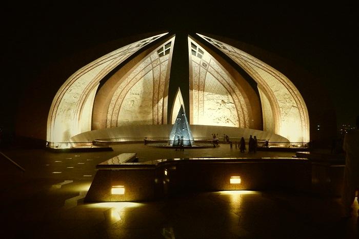 2 Pakistan Monument