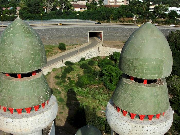 4 Divinity Mosque