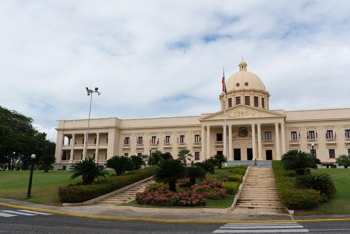 5 Dominican palacio