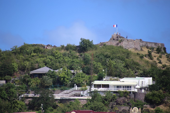 5 Fort Louis