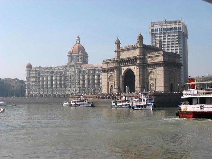 8 India Gate