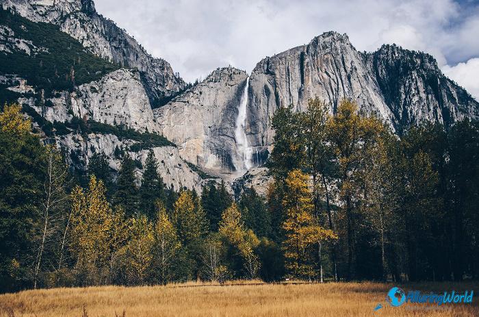 8 Yosemite Falls