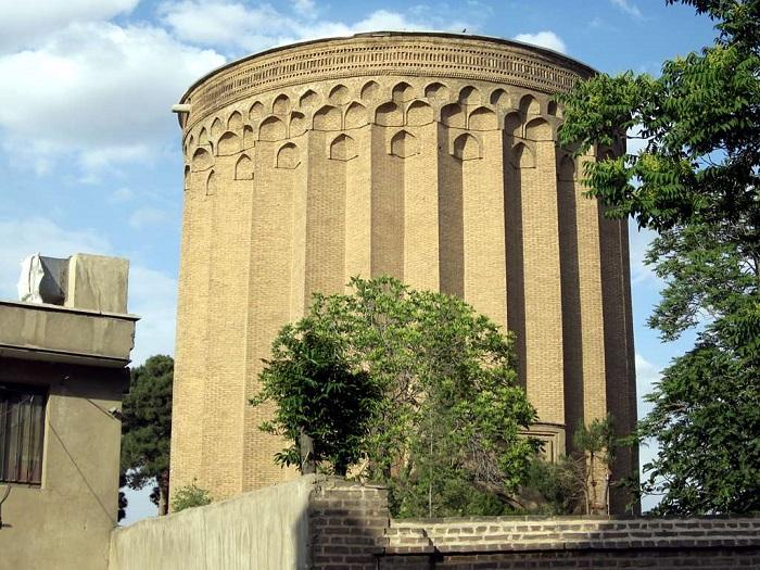 1 Tughrul Tower