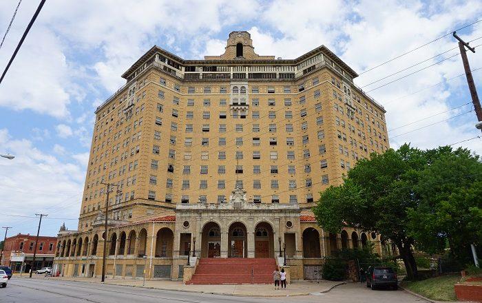 1 Baker Hotel