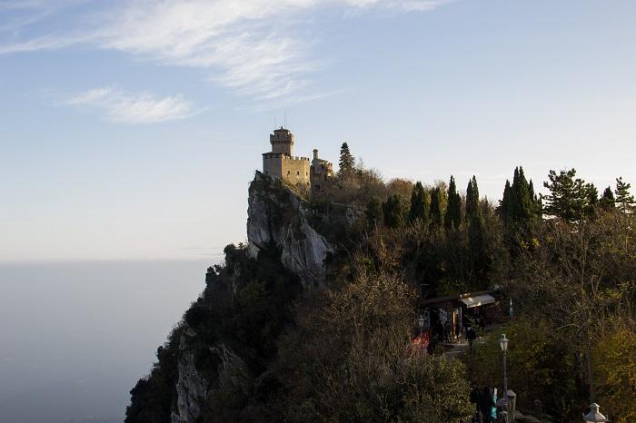 1 Cesta Tower