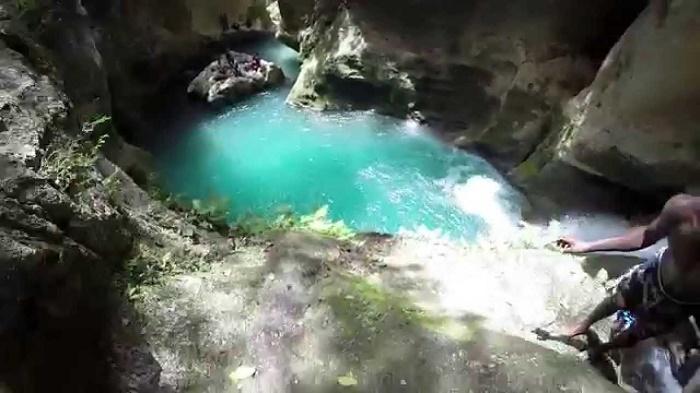 2 Haiti Bleu