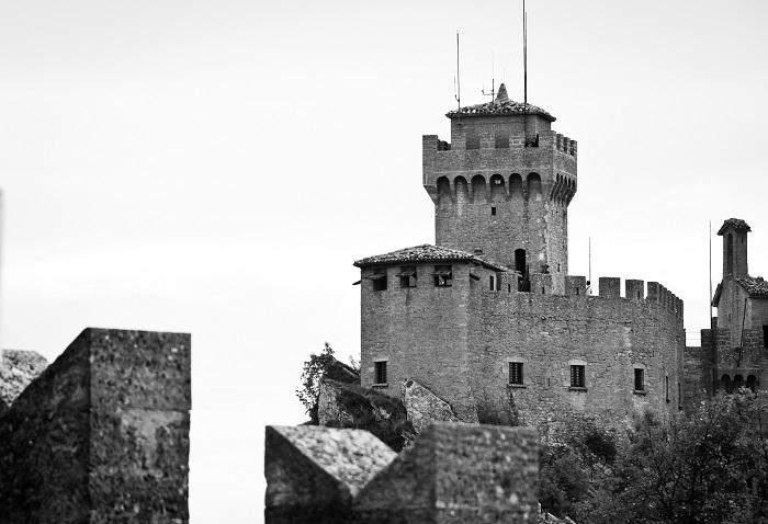 3 Cesta Tower