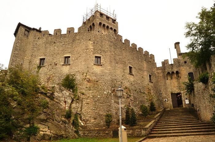 4 Cesta Tower