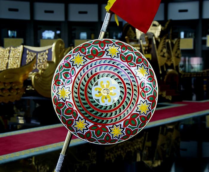 7 Royal Regalia Brunei