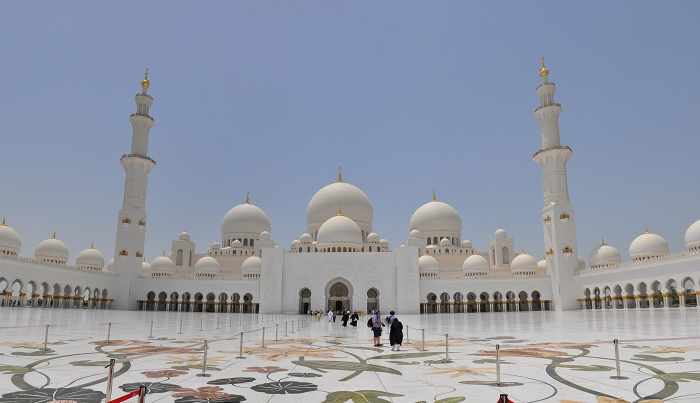 10 Zayed Mosque