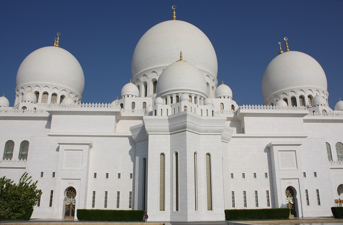 8 Zayed Mosque