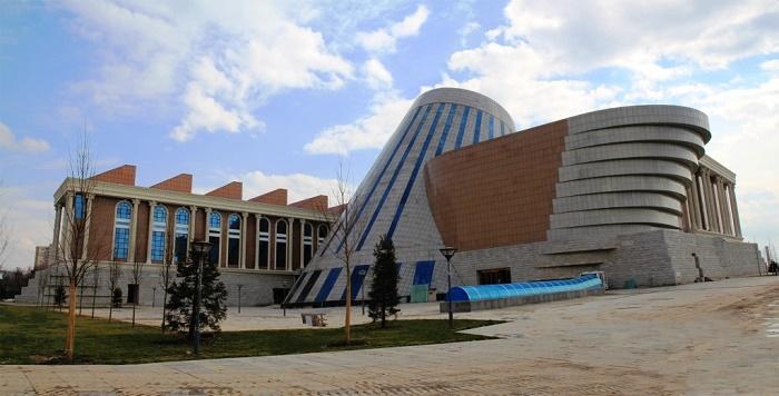 1 Tajikistan Museum