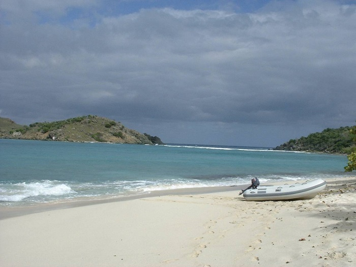 3 Sandy Cay