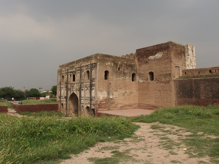 2 Lahore Fort