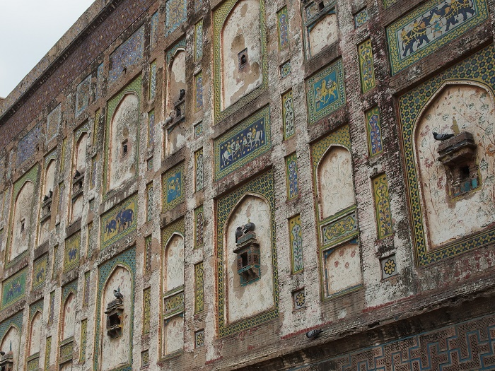 8 Lahore Fort